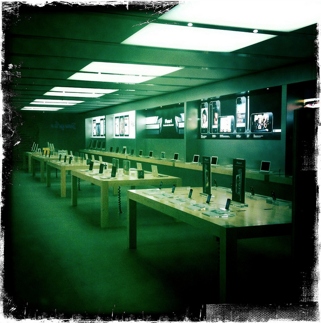 Apple Store Frankfurt Hipstamatic