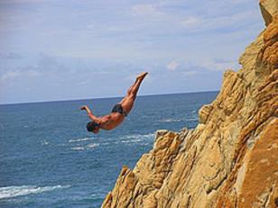 Acapulco_cliff_diver